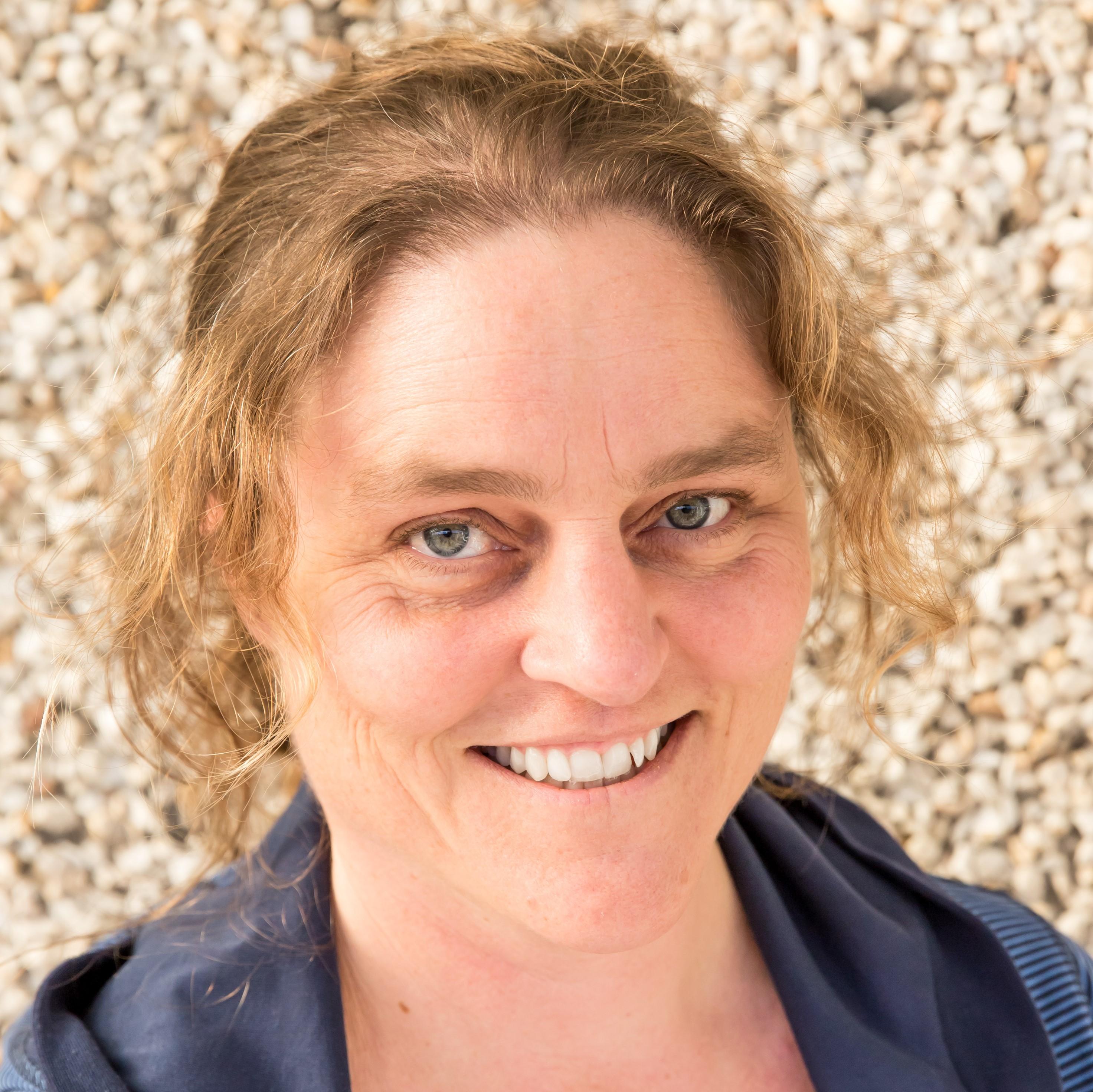 Dr Sylvia Baars